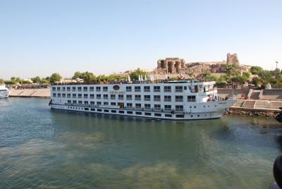 エジプト ナイル河クルーズ & ピラミッドの旅 その2