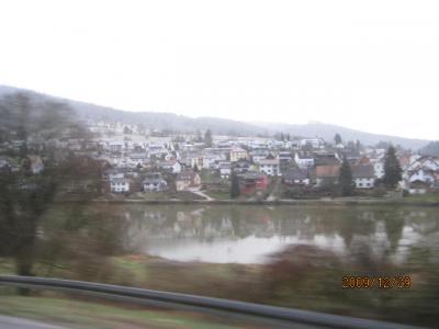 ドイツ・スイス・イタリア・フランス・カミカゼ旅行記(17)古城街道・ネッカー川の畔。
