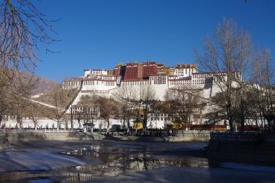 ラサ(拉薩)市と青海チベット鉄道(青藏鉄路)