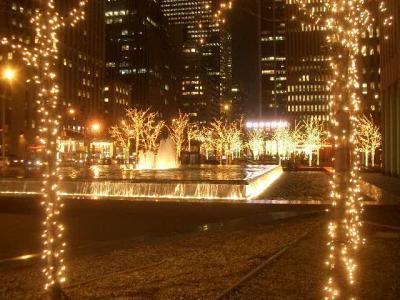 ライトアップの美しいマンハッタンをぶらぶら歩く