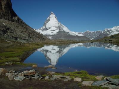 やってきたぜ!! 2007 スイス 『見えた!!逆さマッターホルン♪ツェルマットマラソン大会で賑わう街』 IN ツェルマット