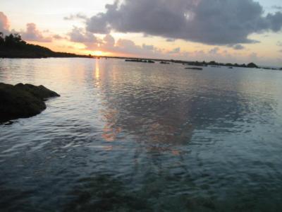 想像通りの ・・・青い海・・・ ロタ最高!飛行機と夕焼け