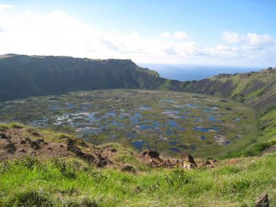 2009年12月 RTWチケットで行く世界一周の旅~第二弾:イースター島編~その5(イースター島・3日目前半(オロンゴ・ラノカウ~タハイ))