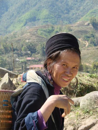 ラオス北部からベトナムへ NO11 サパ(Sapa)の初日 近郊の村
