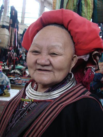 ラオス北部からベトナムへ NO13 三日目 大晦日のサパ