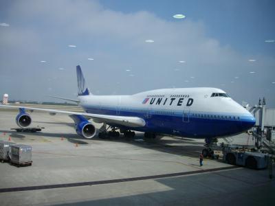 UA838で帰国