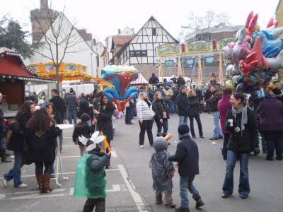 Weinheim(ワインハイム) 冬の終わりを告げるパレード