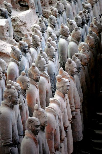 長安之旅(6)妻の長年の夢だった「秦始皇兵馬俑博物館1号坑」で膨大な数の兵隊に圧倒され言葉を失う。