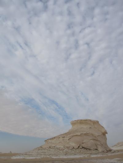 春先エジプト旅行2010その7 ~砂漠ツアーでBlack or White? It's White~