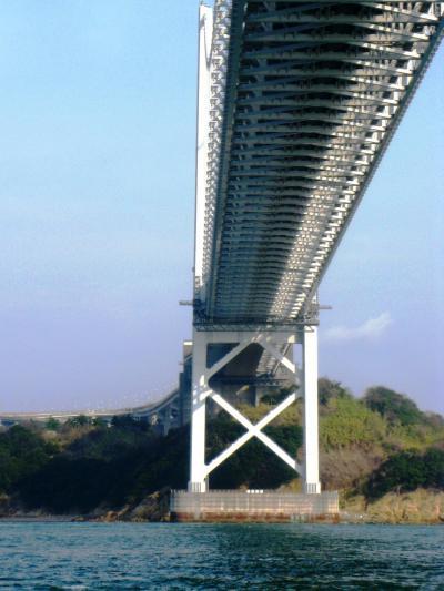 瀬戸大橋-2 はつひ丸は鷲羽山方面へ ☆讃岐富士・渦潮も見え