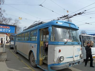 2010.3ウクライナ旅行11-ヤルタまでのトロリーバス3時間乗ったぞ!,ヤルタの公衆市場