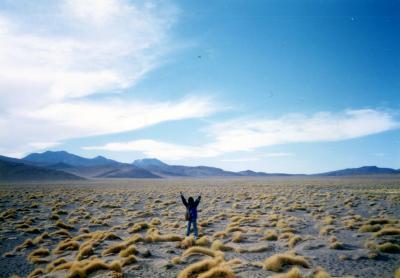心震えるSalar de UYUNI(ウユニ塩湖)ツアー Part.4<村はずれの先住民の墓を探して・・・>