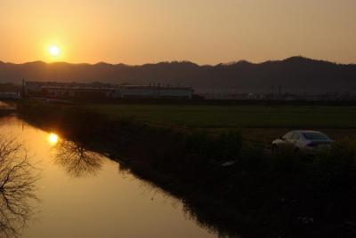 2010年4月18日、近江路長浜の朝陽