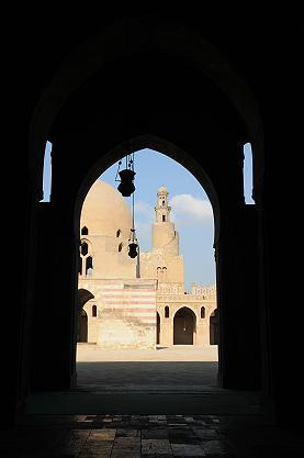 ★エジプト記(3) −イスラム地区 ガーマ・アフマド・イブン・トゥールーンのあたり