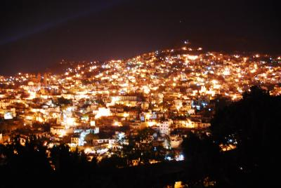 メキシコ旅行 夜景の綺麗なタスコ