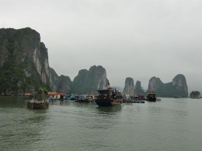 ベトナム旅行記②世界遺産ハロン湾☆まるで水墨画の世界・・・