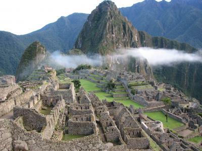【2010ペルーの旅(3)】 ワイナピチュ登山とマチュピチュ