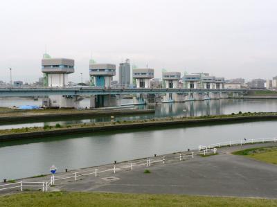 日本の旅 関西を歩く 大阪、毛馬水門周辺