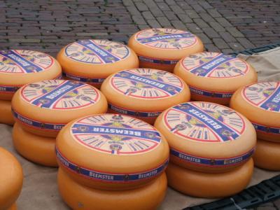 金曜チーズ市を見よう♪アルクマール