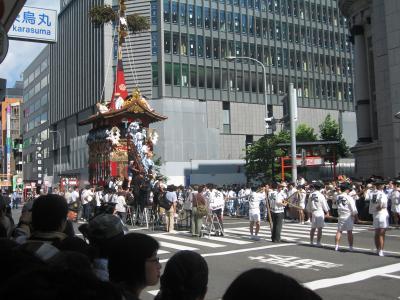 祇園祭り山鉾巡行