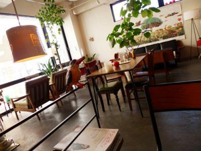 インテリアショップのようなカフェ。