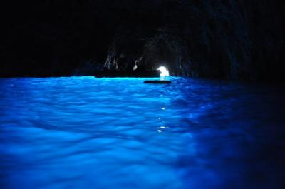 SOLA DI CAPRI(カプリ島)でGROTTA AZZURRA(青の洞窟)