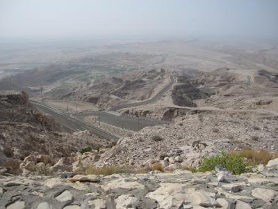 アラブ首長国連邦 砂漠のオアシス アル・アインを望む