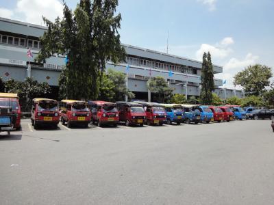 タイ南部 ハジャイ軽トラック天国