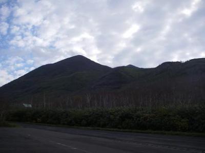 ニセコへの登山旅行-五色温泉、ニセコアンヌプリ、鏡沼コース-