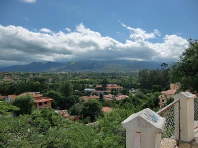 長閑で美味しいワインの町として有名タリハ