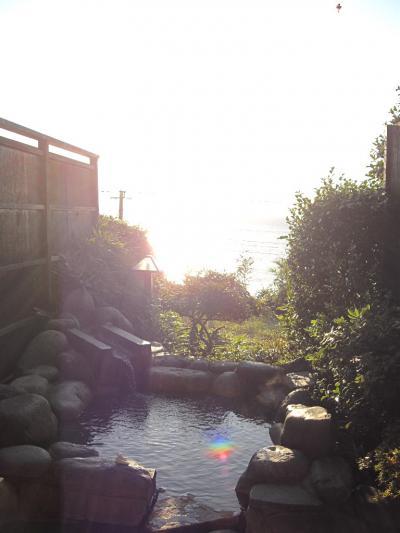 ◇誕生日に熱川温泉☆ (1) ◇貸切露天風呂が無料の宿「片瀬館 ひいな」の温泉&夕食