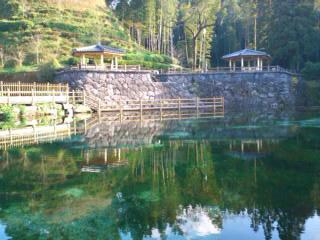 霧島山麓丸池湧水