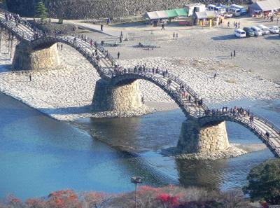 晩秋の錦帯橋^^