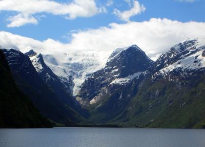 ノルウェー (2) フィヨルドと氷河巡り