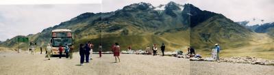 ペルー:ラ・ラヤ峠・シユスタニ遺跡の旅