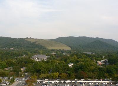日本の旅 関西を歩く 奈良、奈良県庁の屋上から見る光景