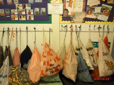 北イングランド紀行2010【かわいい内装・セントジョセフ小学校(St.Joseph`s R.C.V.A Primary School)】