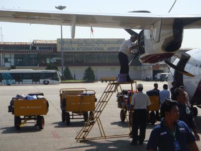 2010/11/14 -01. バガンからヤンゴンに戻ります