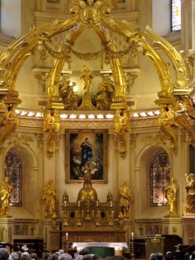 カナダ20 ケベック ノートルダム聖堂の内で ☆日曜礼拝の場を実感