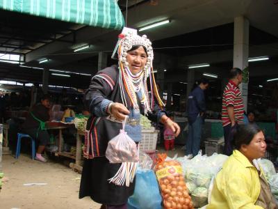 チェンマイ徒然草 其の二百十三 肌寒い朝の水曜市場
