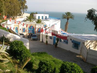 カルタゴ遺跡とジェルバ島・チュニジア周遊①チュニス