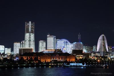 ♪ 聖なる夜は全館点灯 「TOWERS Milight ~みなとみらいのオフィス全館点灯~」 /神奈川県横浜市
