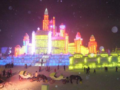 ハルビンで迎える2011年(その2)~太陽島公園の雪祭りと氷雪大世界