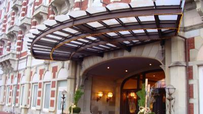 ホテル・ヨーロッパのロビー見学と喫茶。