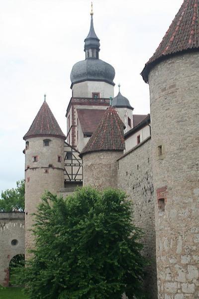 ドイツの旅ー11 ヴュルツブルグの「マリエンベルク要塞」