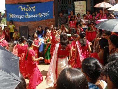 2010ネパール(3);パシュパティナート~ボダナート、今日はティージのお祭り