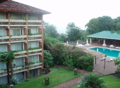 エストゥリオン ホテル アンド ロッジ Esturion Hotel & Lodge