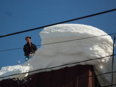 『上越スキー遠足』 青春を謳歌するスキークラブのツアーに参加しました