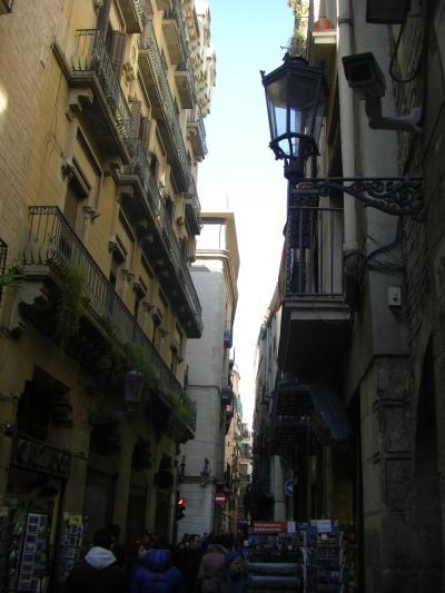 旧市街ゴシック地区をあるく。いい雰囲気。