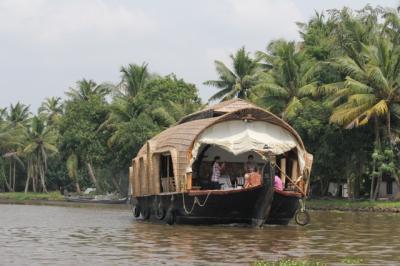 羽田からエアアジアで南インド(コーチン・ハイデラバード)10日間の旅 No.3 クマラコム バックウオーター観光